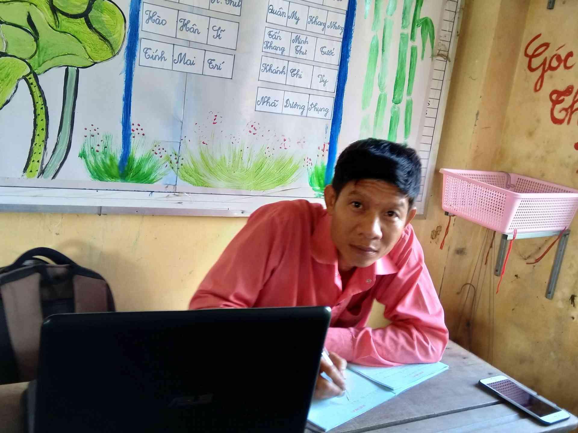 Thầy Phạm Tấn Phương Tổ trưởng chuyên môn Khối 4